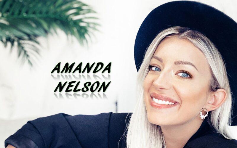 Amanda Nelson travel tripod exploringamanda influencer